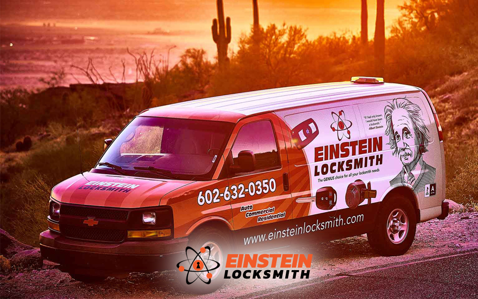 Einstein-Locksmith